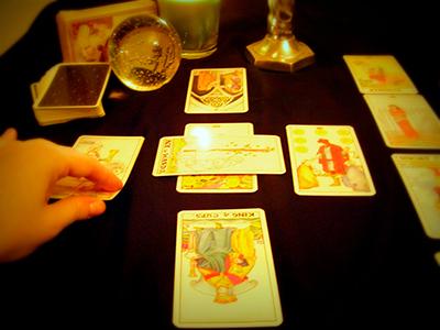Consulta con las cartas de tarot