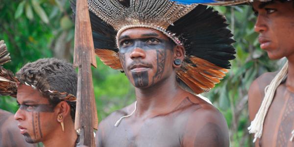 Cacique Aimoré y Tupinambá